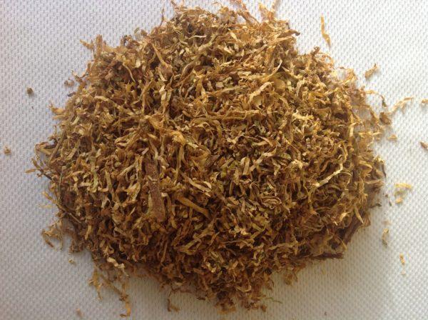 Suszony i siekany tytoń do papierosów LM Light ważony