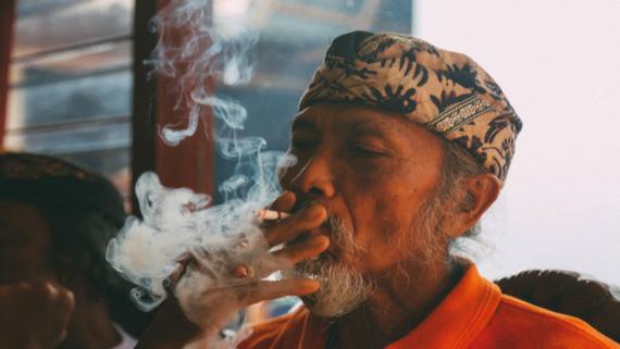 przemysł tytoniowy