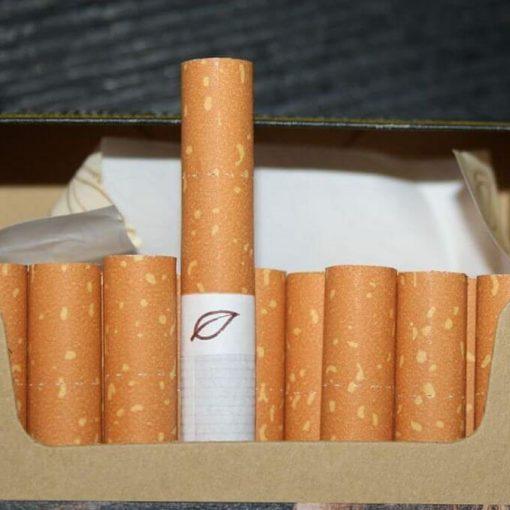 papierosy w paczce, palenie a niezdrowe jedzenie